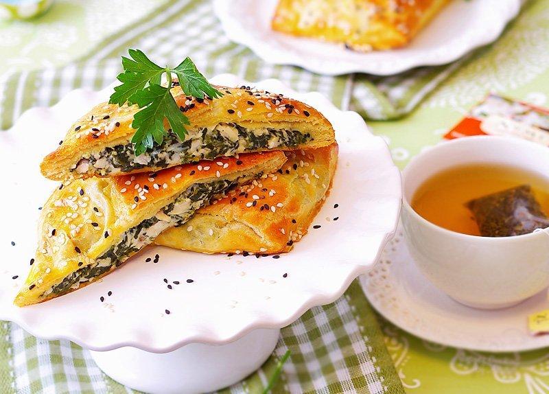 Chicken-Spinach-Puffs-served