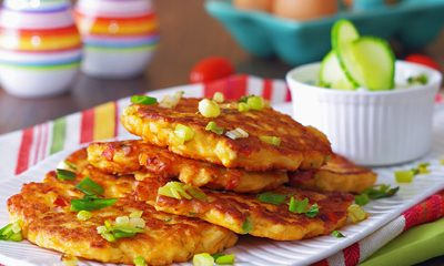 Video recipe easy chicken veggie fritters march 7 2017 chicken veggie fritters forumfinder Image collections