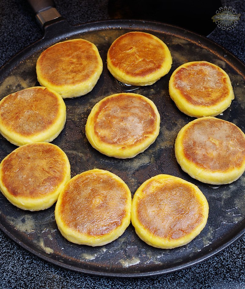 Russian Cheese Pancakes (Syrniki). These Syrniki are slightly sweet and cheesy. Perfect for breakfast, lunch or as a dessert. Nice and crispy on the outside and soft and fluffy on the inside. Serve with sour cream or jam, or BOTH!