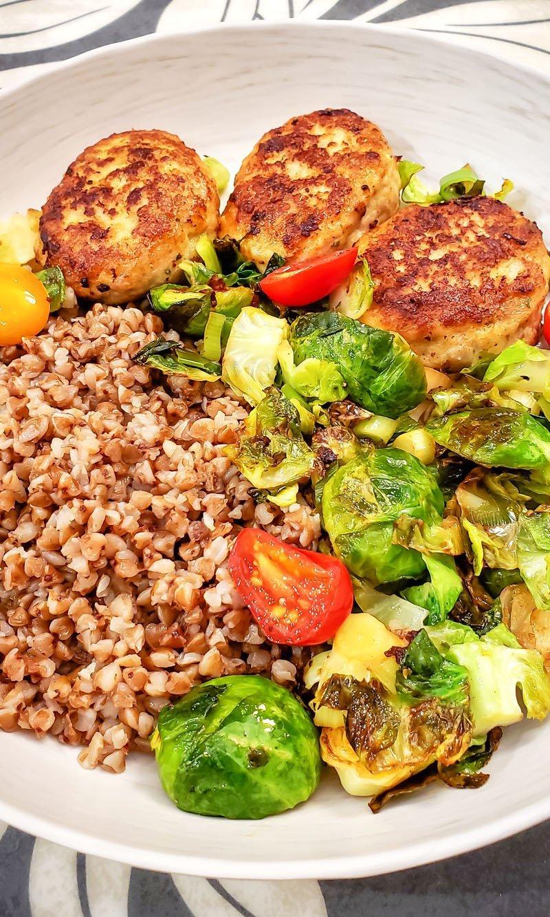 Chicken patties (Kotletki) with Sauteed Vegetables and Grechka (Buckwheat)