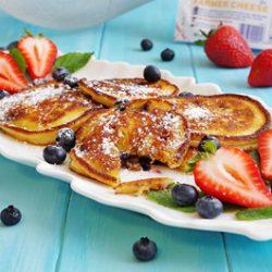 Berry Syrniki (cheese pancakes)