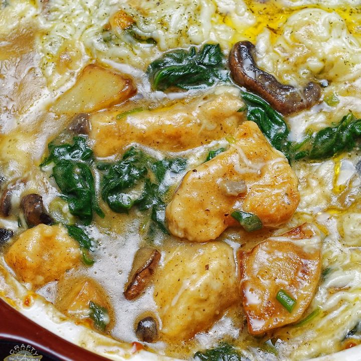 Smothered Chicken with Spinach, Potatoes and Mushrooms
