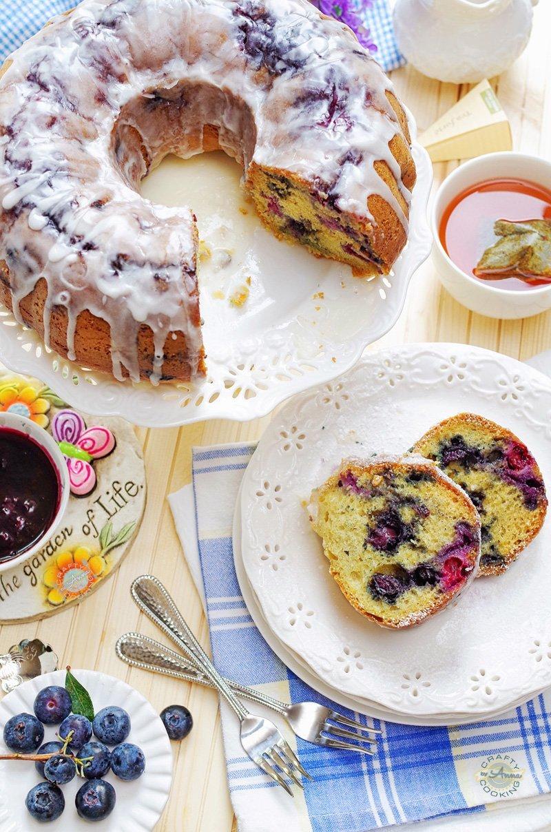 Blueberrylicious Sour Cream Bundt Cake!