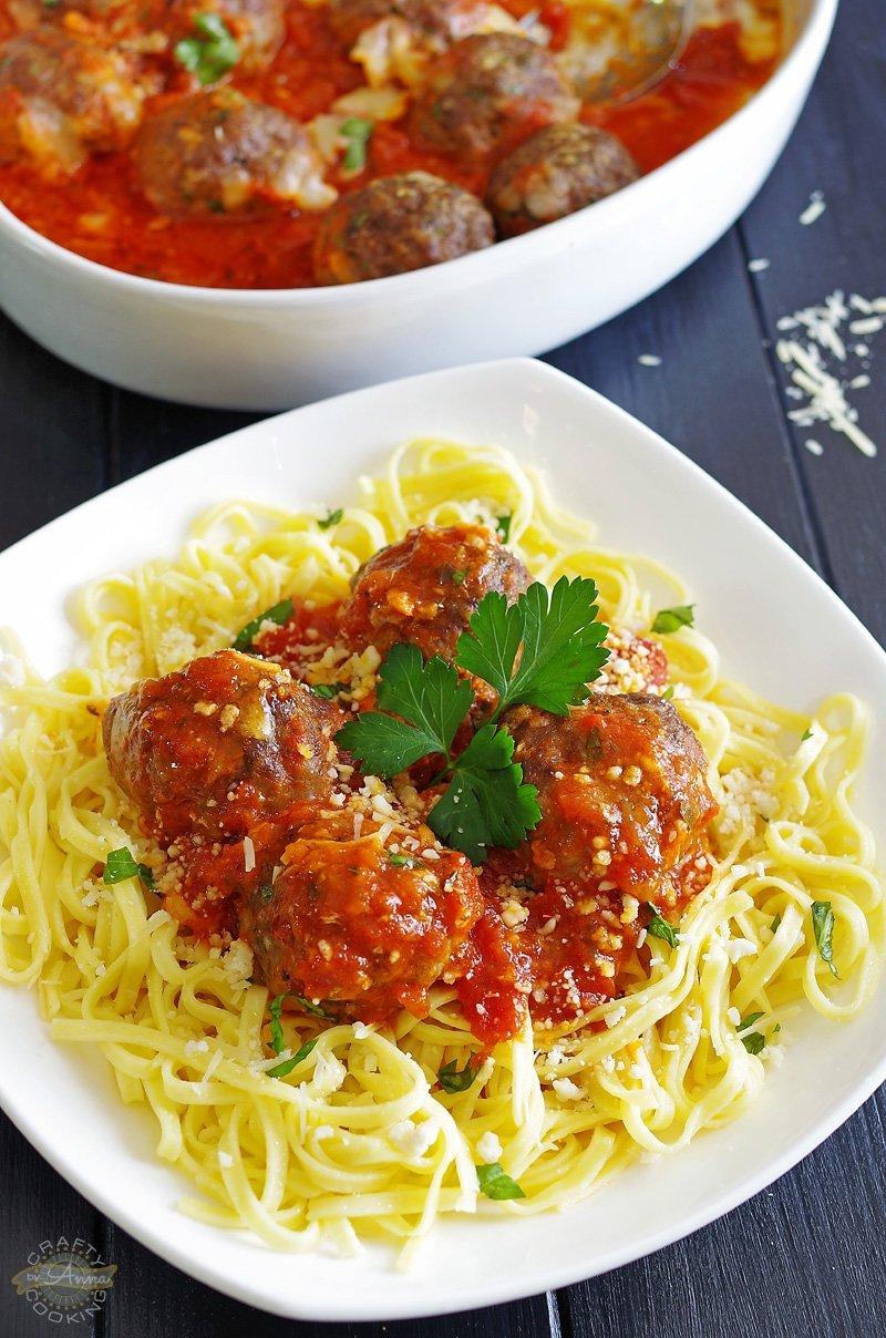 Baked Italian Meatballs! Classic Italian-American style ...