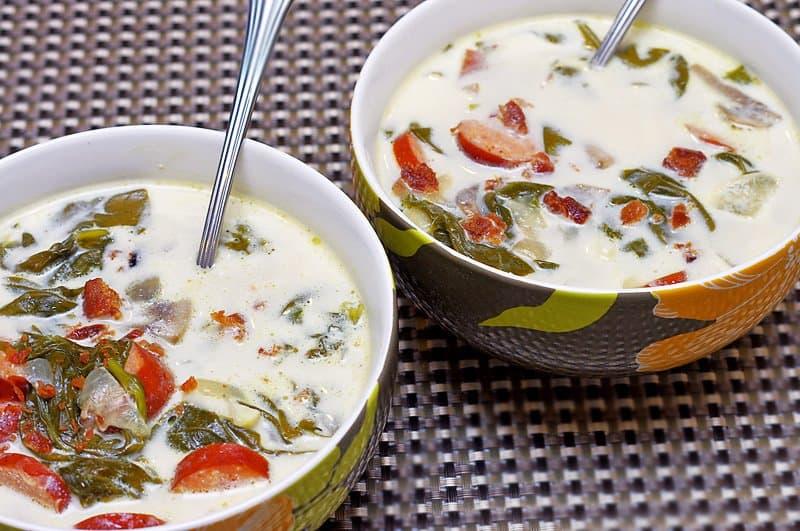 Zuppa Toscana soup served