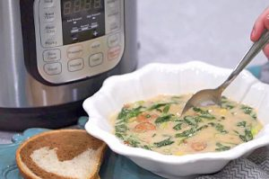 VIDEO RECIPE > Instant Pot/Pressure Cooker Zuppa Toscana Soup