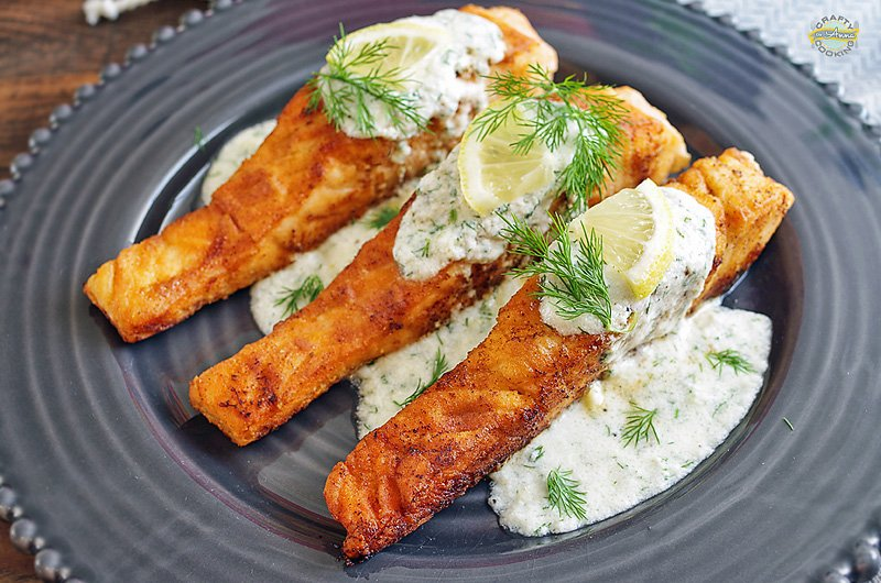 Pan Seared Salmon With Creamy Dill Sauce Easy And