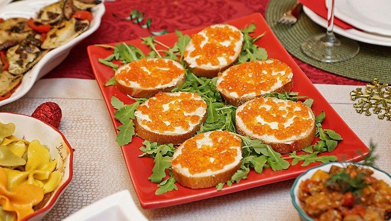 Christmas Dinner 2016 bread caviar