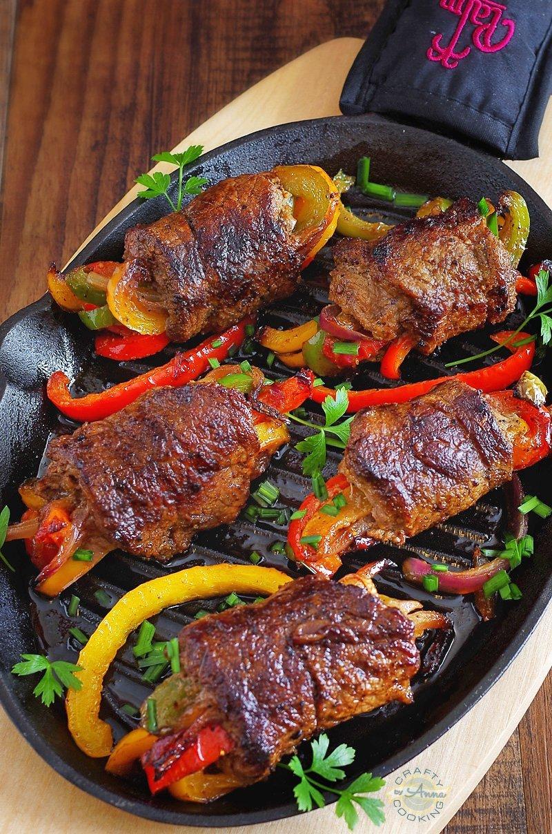 Low-Carb Steak Fajita Roll-Ups
