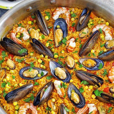 Seafood Paella Pin