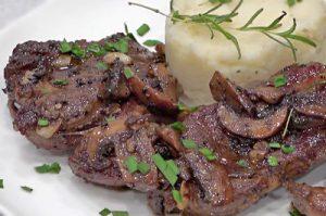 VIDEO RECIPE > Australian Lamb Leg Roast Steaks