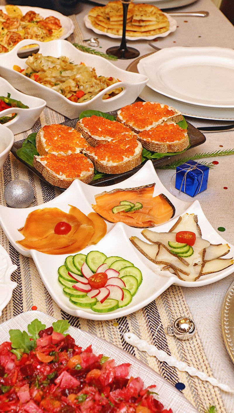 Smoked Fish selection and Russian Delight: bread with butter and red caviar!
