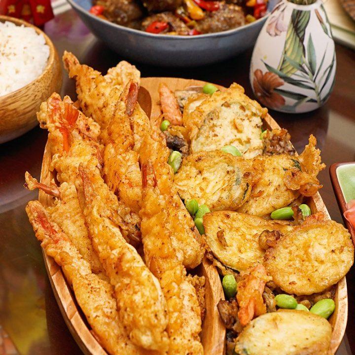 Shrimp Tempura and veggies served