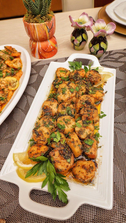 Scallops in garlic sauce