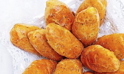 beef-cheese-pirozhki-baked-blog-thumb