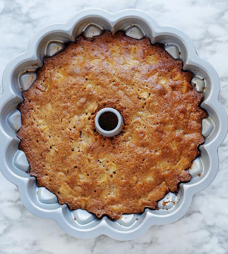 Apple Cake pep new Bundt Pan