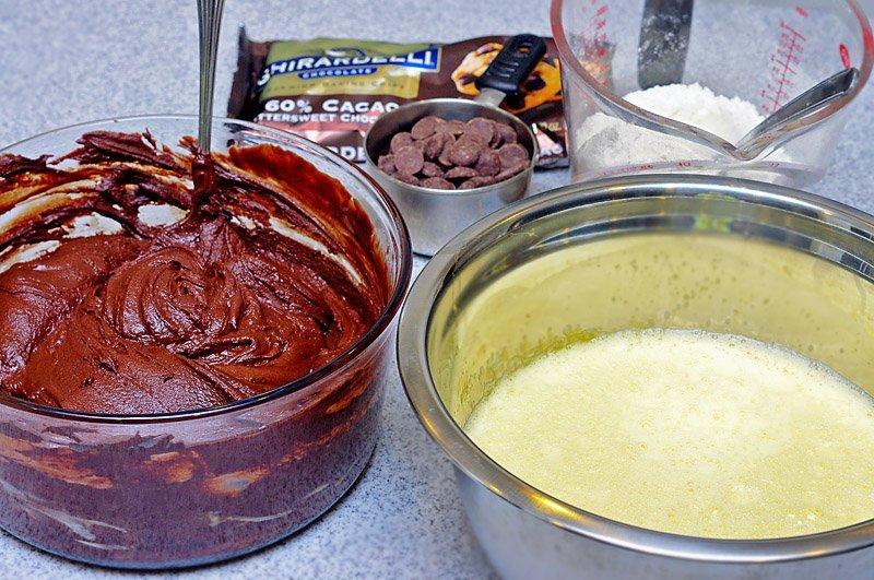 Chocolate Brownie Crinkle Cookies preparation