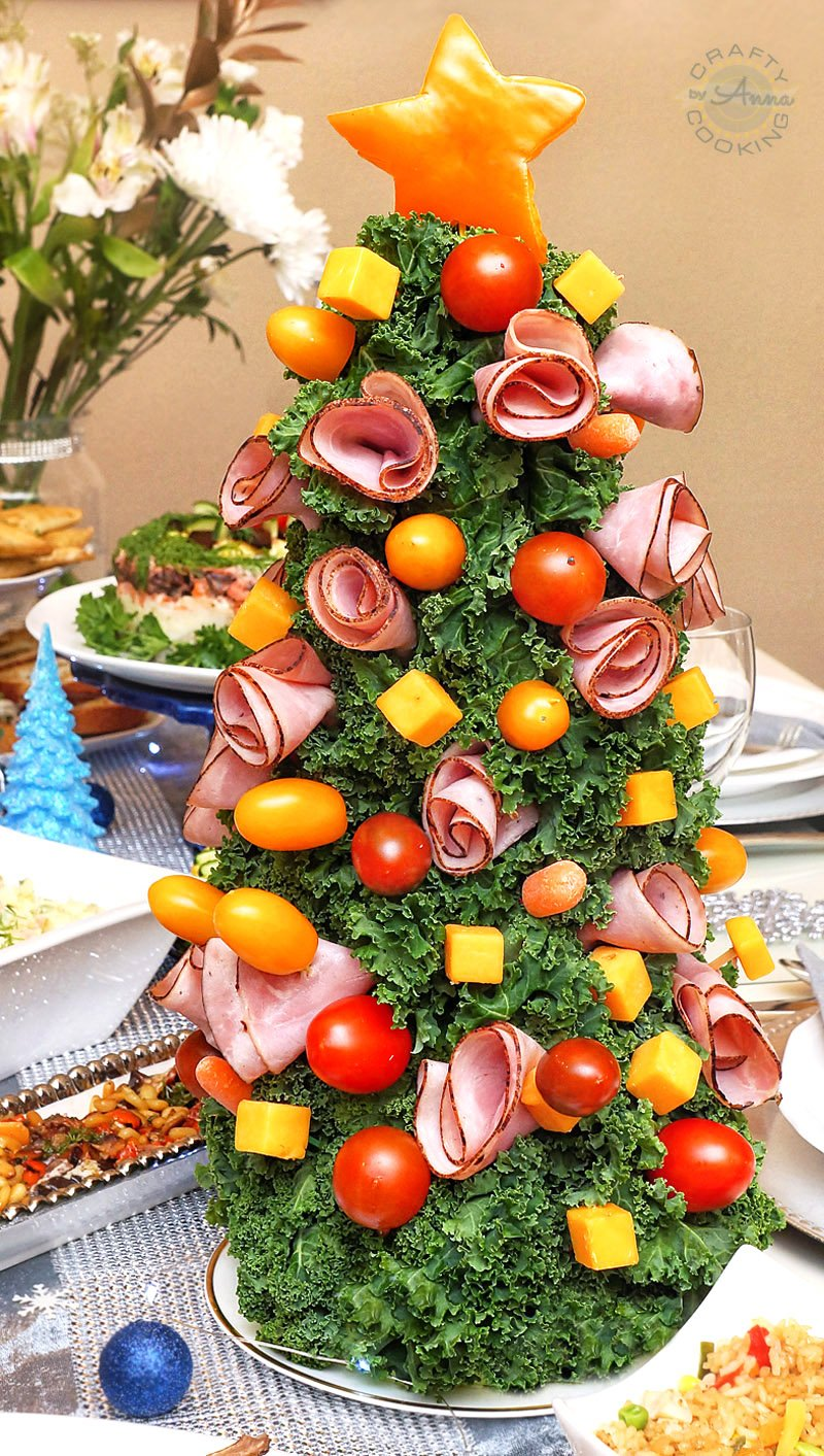 Black Forest Ham and Cheddar Cheese Tree from our New Year's Table