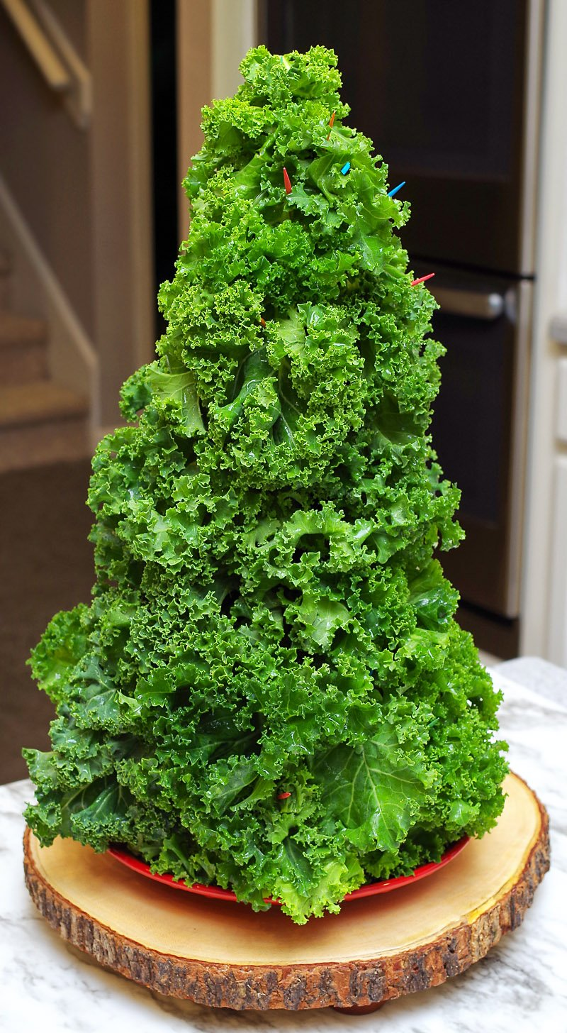 Curly kale assembly