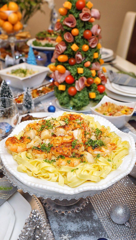 Shrimp and Scallops Scampi with fresh Fettuccine Pasta (Buitoni)