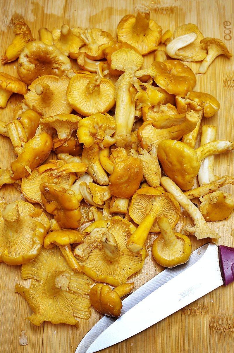Chanterelle Mushroom sliced